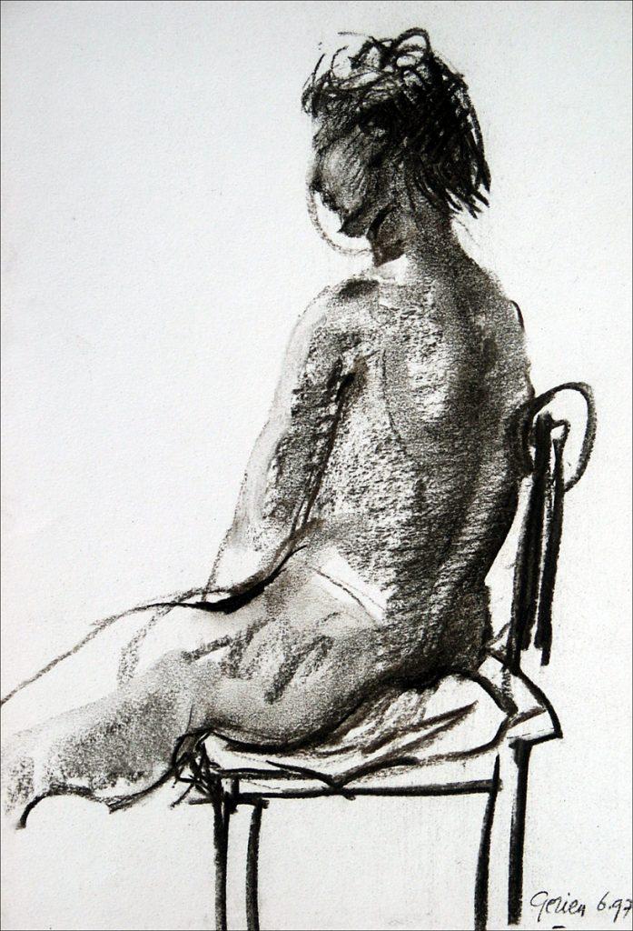 Vrouw op stoel - houtskool op papier - 31x24cm